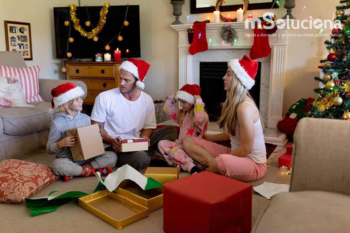 ¿Por qué contar con una empleada de hogar estas fiestas navideñas?
