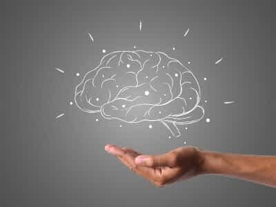 Aneurisma cerebral en personas mayores