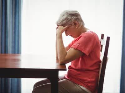 Cómo evitar la depresión en personas mayores