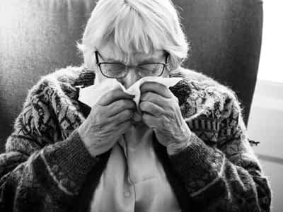Ancianos con gripe